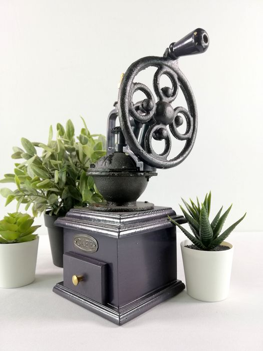 Coffee Grinder - Iron (cast/wrought), Wood