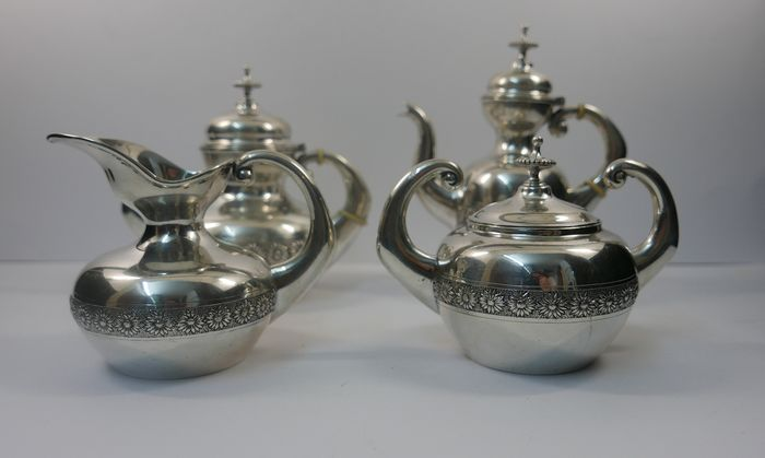 Coffee and tea service - .833 silver - Portugal - Late 19th century