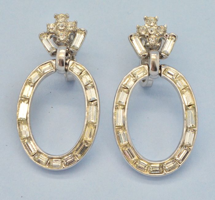 Crown Trifari 1950s Alfred Philippe Clear Baguette Crystal Silvertone Drops - Earrings