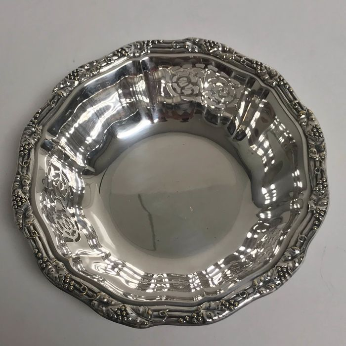 Bread basket - Silverplate - France - First half 20th century