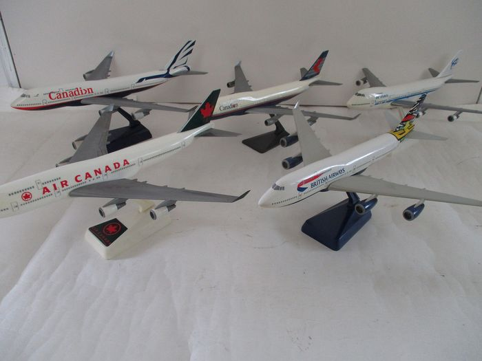 Boeing 747 - Canada, England Iceland- Set of 5 scale models airplane Scale models - various designs - Plastic