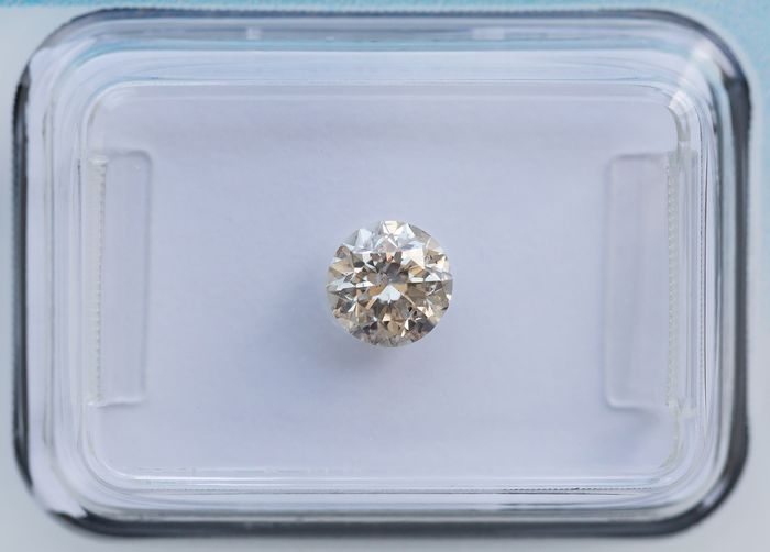 Diamante - 0.56 ct - Brillante - light brown - I2, IGI Antwerp - No Reserve Price