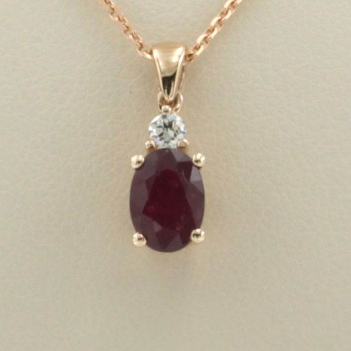 14 kt. Pink gold - Necklace with pendant - 0.06 ct Diamond - Ruby