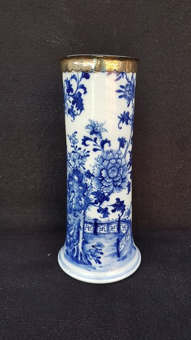 Vase (1) - Blue and white - Porcelain, Silver - China - 18th century