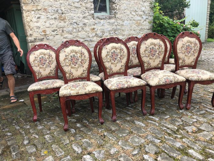 Twelve upholstered dining room chairs - Wood