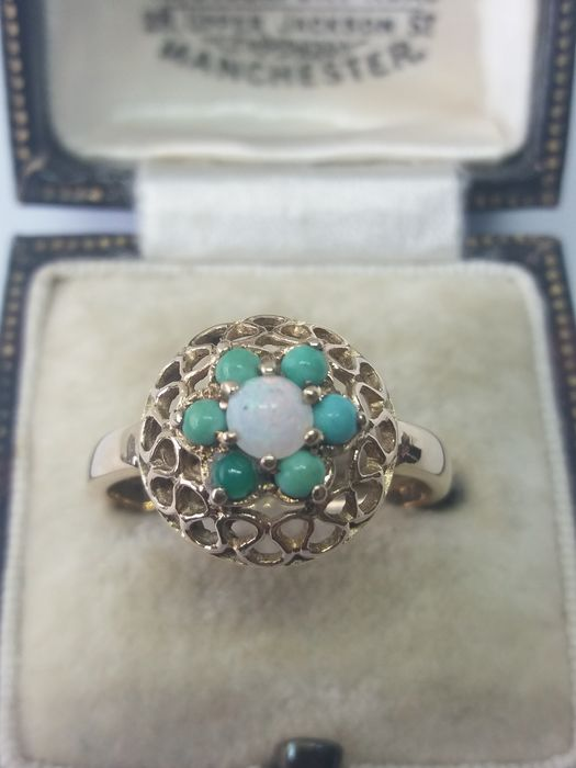 375 Yellow gold - Distinguished Turquoise & White Opal Cluster gold ring