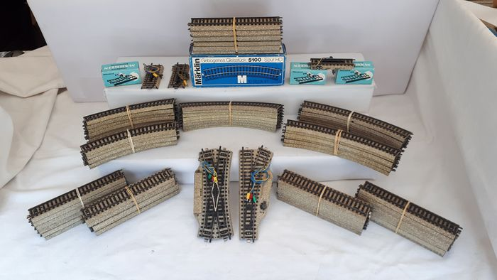 Märklin H0 - 5100/5200 serie - Tracks - 102-part lot M-Rail, with points