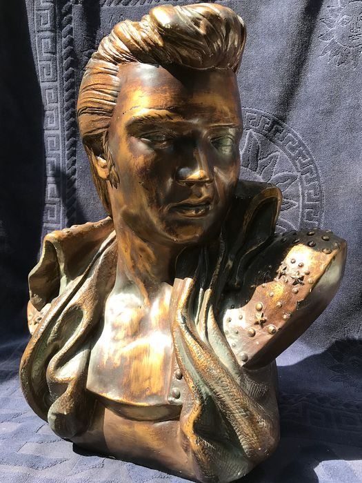 Beautiful bust of (The king of Rock&Roll - obviously Elvis Presley