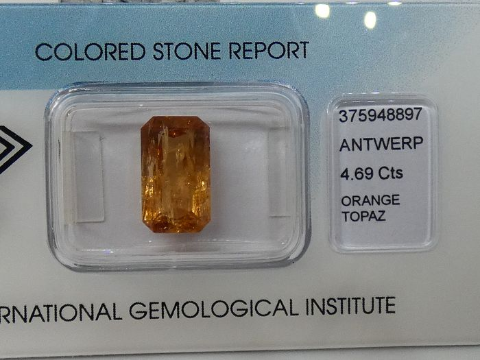 Orange Topaz - 4.69 ct