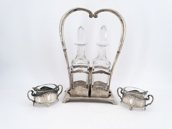 Dressing table set - .800 silver - Italy - First half 20th century