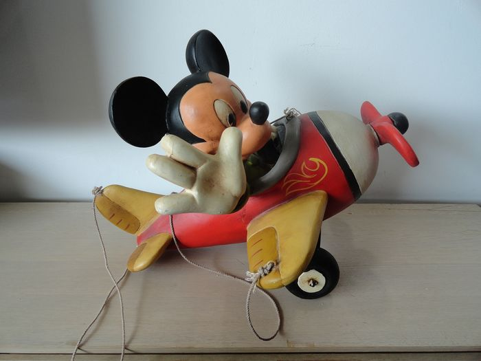 Mickey Mouse - Beeld - Mickey Mouse in vliegtuig - First edition - (1980)