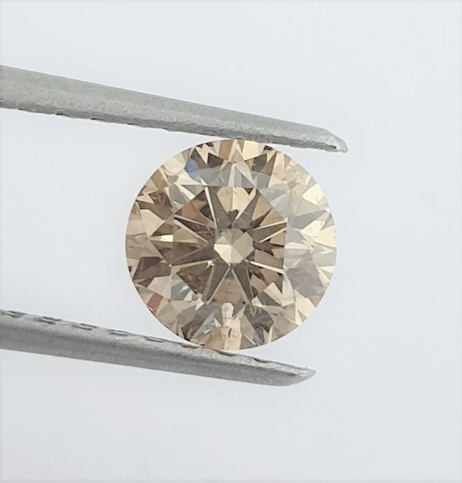Diamante - 1.01 ct - Brillante - Natural Fancy Champagne - VS2
