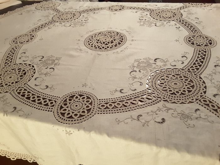 tablecloth with napkins (9) - Linen