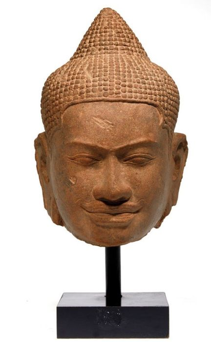 Kopf - Sandstein - A rare and large head of bouddha - 13th century  - Kambodscha - Bayon-Zeit (1180-1230)