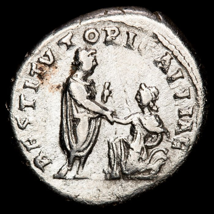 Roman Empire - Denarius - Hadrian (117-138 A.D.) Rome - RESTITVTORI GALLIAE remperor raising kneeling figure of Gallia.  - Silver