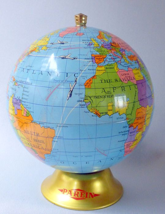 Biscuiterie Parein (1895 - 1965) - Globe as a cookie tin with flight and sailing routes - Look