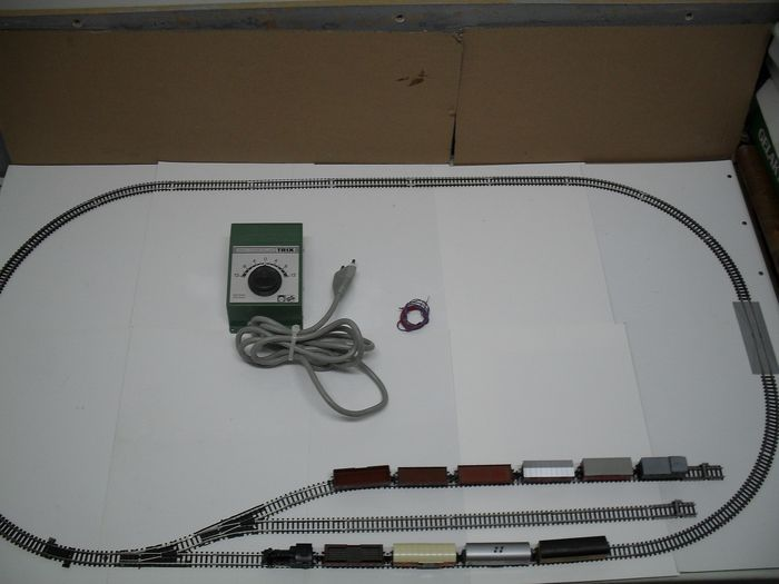 Fleischmann, Minitrix N - Train set - with steam locomotive, 10 different cars, extra rails and accessories
