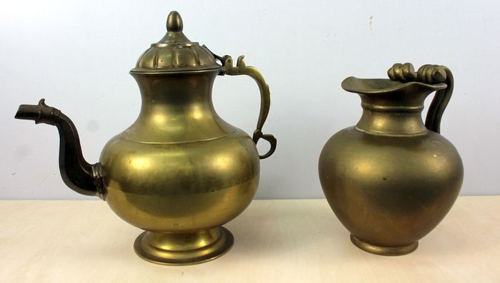Antique water and tea jug (2) - Brass