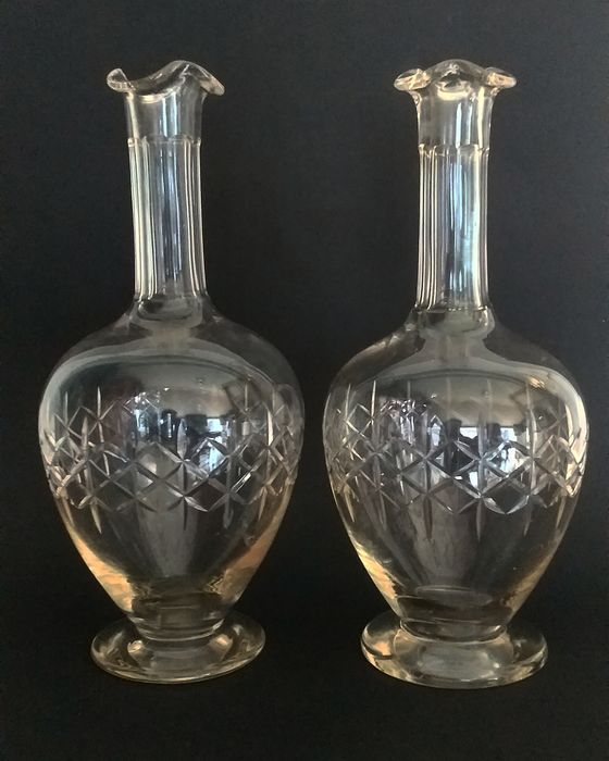english  pair of Victorian  wine decanter (2) - Glass