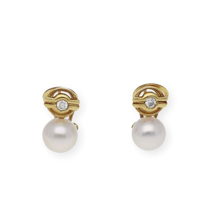 18 kt. Akoya pearl, Yellow gold, AC. 8 mm - Earrings - 0.25 ct Diamond