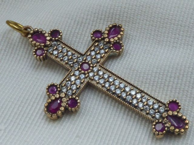 925 Silver en Bronze - Russian cross pendant with red Rubies and wite Sapphires