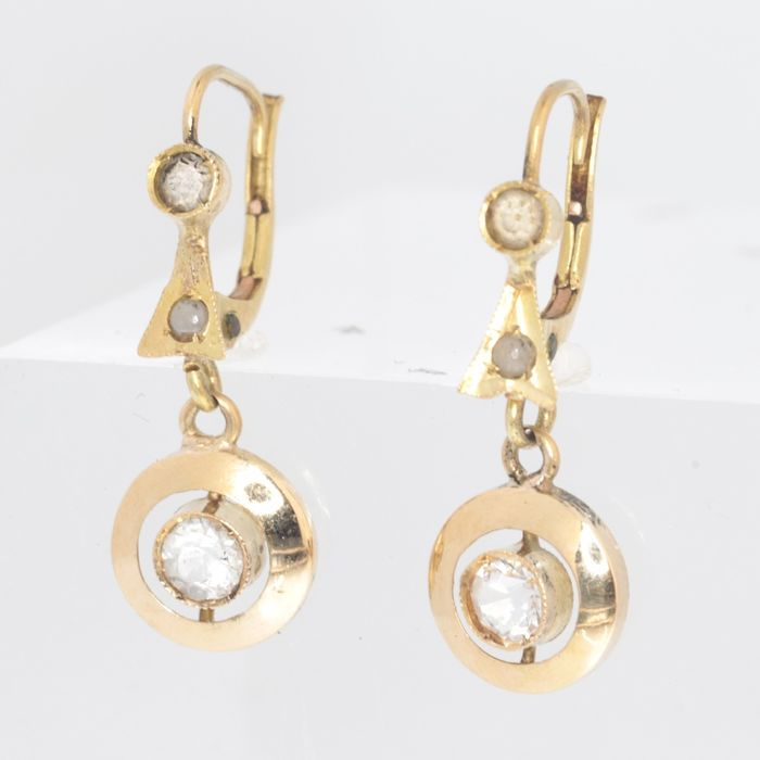 18 kt. Yellow gold - Earrings, short hanging - Style: Art Deco - Anno: 1930 -  -  Four white strass - NO RESERVE PRICE