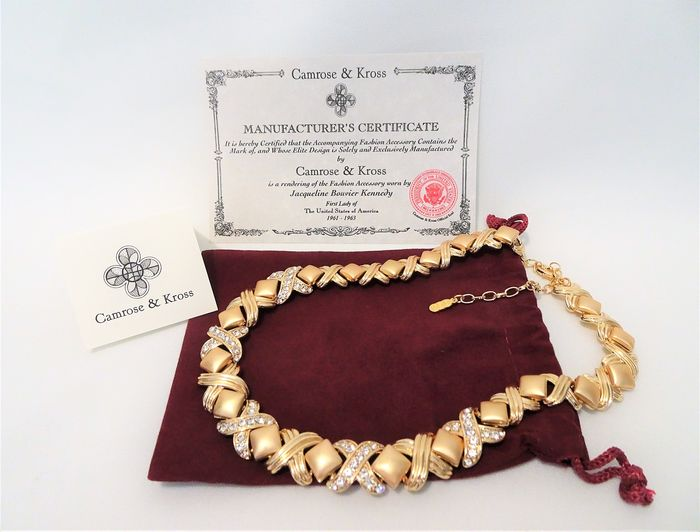 Camrose & Kross - Jackie Bouvier Kennedy -  Gold-plated, Swarovski Crystal - Necklace in Pouch and certificate of Authenticity