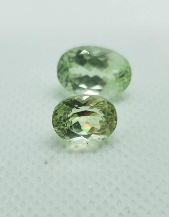 2 pcs Green Spodumene - 14.00 ct