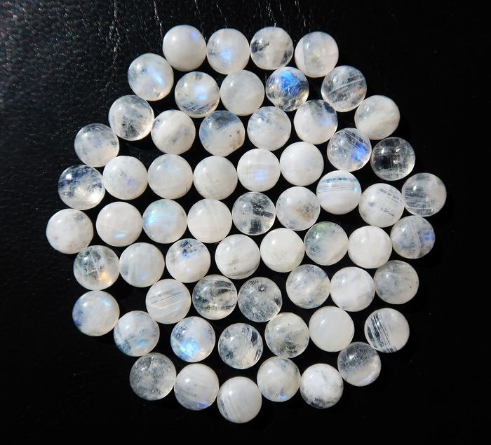 60 pcs  Moonstone - 96.40 ct