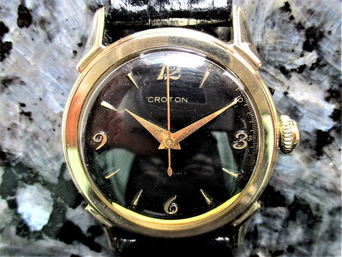 C R O T O N (Nivada SA/Wüllimann, Schneider & Cie./Regalis Watch Co., Grenchen, SUISSE - M A R I T I M E R  'Medicus' Navy Surgeon's Dress Watch - M164106 - Men - Circa 1950, The Korean or 'Forgotten War' Period