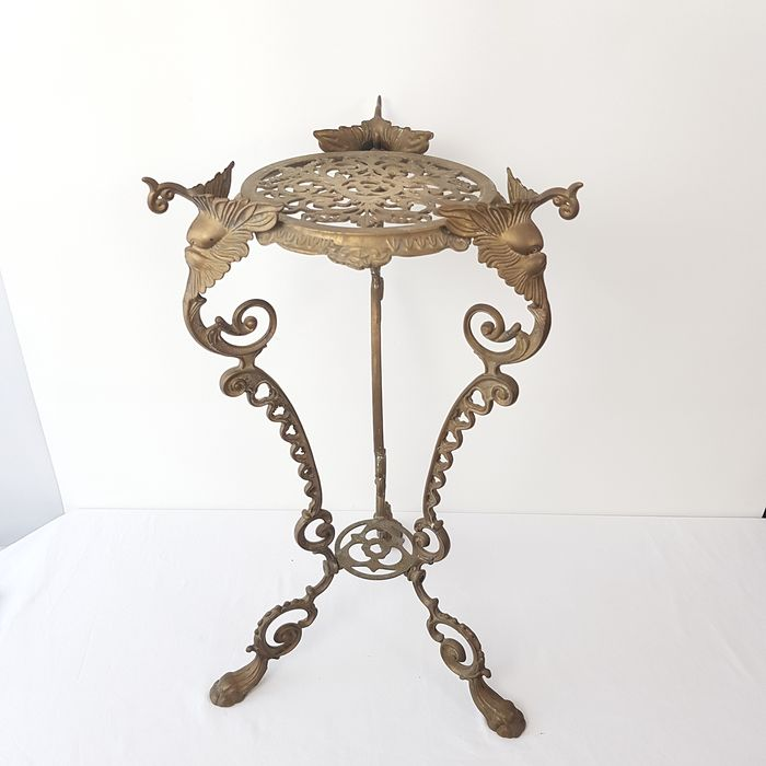 Plant table / side table in Victorian style - Brass / bronze