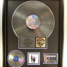 "Fleetwood Mac - ""Rumours"" LP, Cassette, CD Platinum Record Award To Fleetwood Mac - Officieel in-House award - 1990/1996"