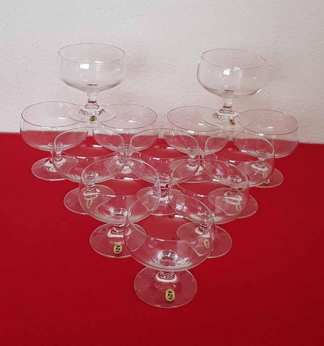 Schott Zwiesel - 12 cocktail-champagne glasses with short stalks - crystal