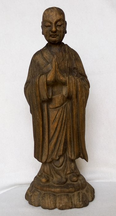 "Wood engraving - Wood - Buddhist figure - Antique hand-made woodcarving statue "" Lohan"" - China - early 20th century - China - Republic period (1912-1949)"