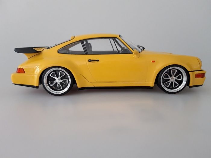Minichamps 118 Porsche 911 964 Turbo Rotiform F52
