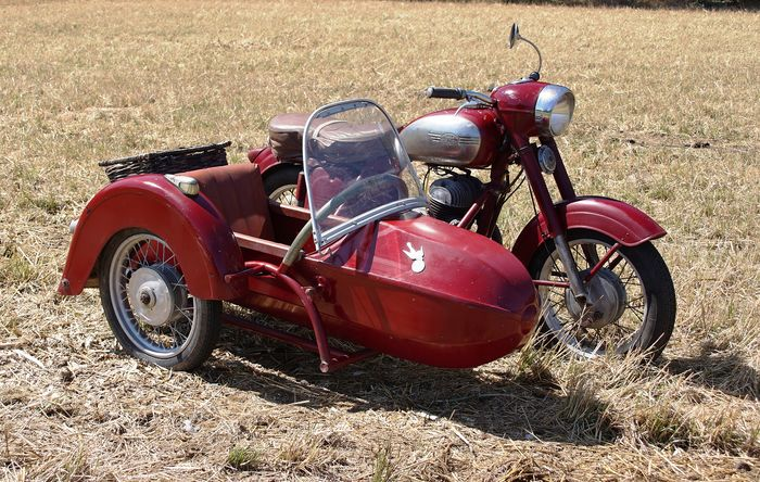 Jawa - Model 354 - Falke Sidecar - Twin - 350 cc - 1959
