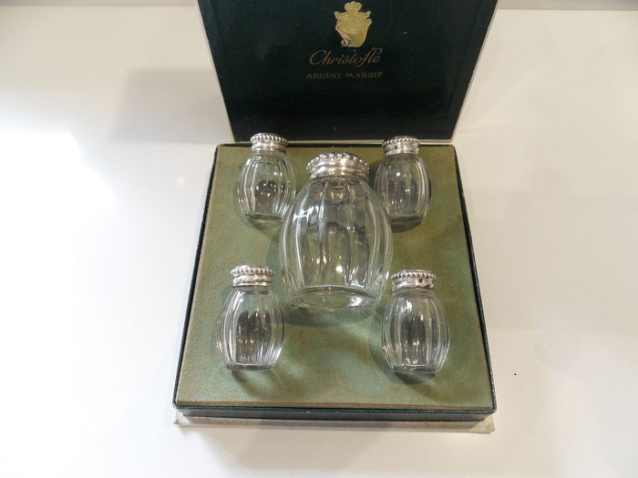 Box of crystal and silver salt shakers (5) - .950 silver - Christofle - France - Early 20th century