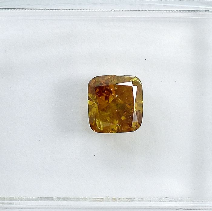 Diamante - 0.71 ct - Cojín - Natural Fancy Deep Brownish Yellow - I2 - NO RESERVE PRICE