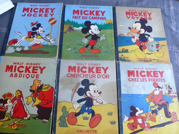 Mickey - Albums Hachette:Mickey Abdique, EO, Voyage EO, Fait du camping, Chercheur d'Or, Jockey, chez Pirates - Hardcover - EO and Reissue - (1939/1951)