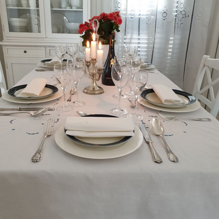Carving tablecloth + 12 napkins - Cotton