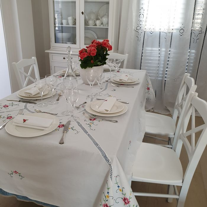 Hand embroidered tablecloth + 12 napkins - Cotton