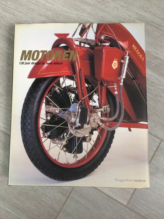 Catalog Engines Book Guggenheim Museum - Motoren 130 jaar Design op 2 wielen Guggenheimmuseum New York - 2001