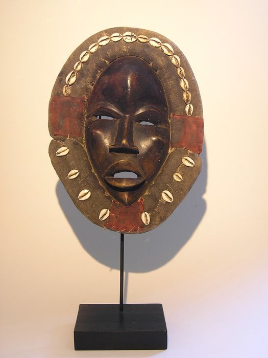 Masks (1) - cowrie, wood, fabric - Dan - Africa