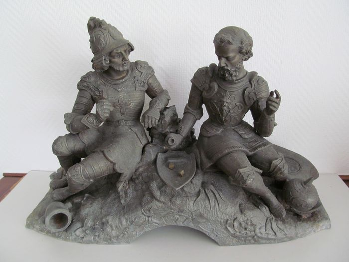 Sculpture, Two dicing soldiers - Zamak - Second half 19th century