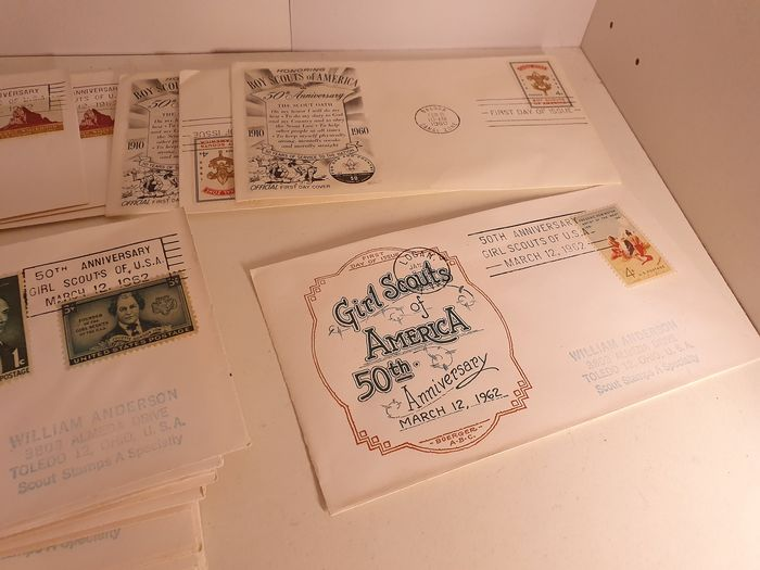 World - Set of letters and cards on the topic of scouting
