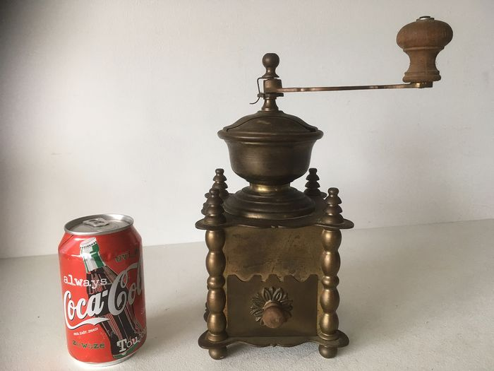 heavy copper coffee grinder (1) - Copper