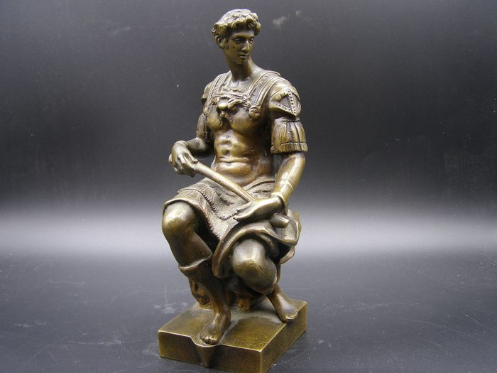 After Michelangelo sculpture by Giuliano de Medici - Bronze - First half 20th century