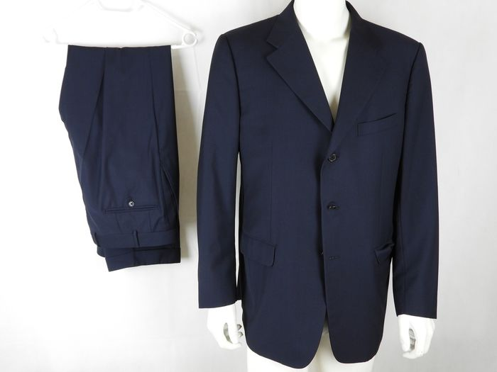 Corneliani - Suit - Size: IT 54 - US 44 - NO RESERVE PRICE