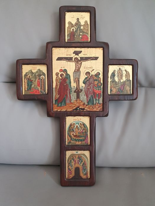 Cross-shaped icon - Oil painted wood on wood