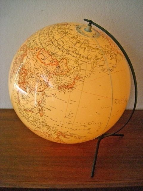 Hammond - Inflatable earth globe with light -UNIQUE - synthetic